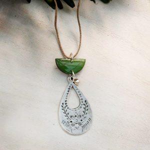 utopia necklace