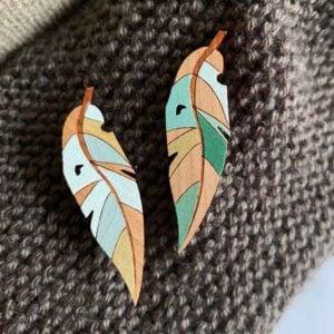 gum leaf brooch