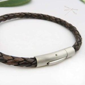 Bracelets mens brown