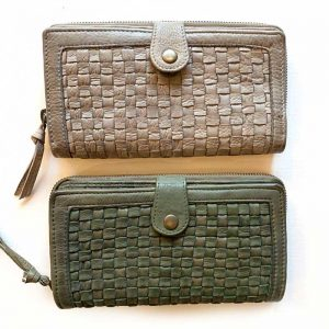 green and grey weave wallet