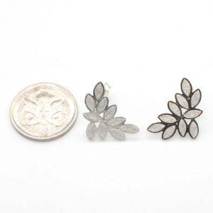 Leaf cluster earring