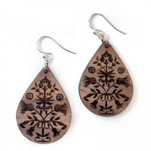 wooden teardrop earring Gum Flower
