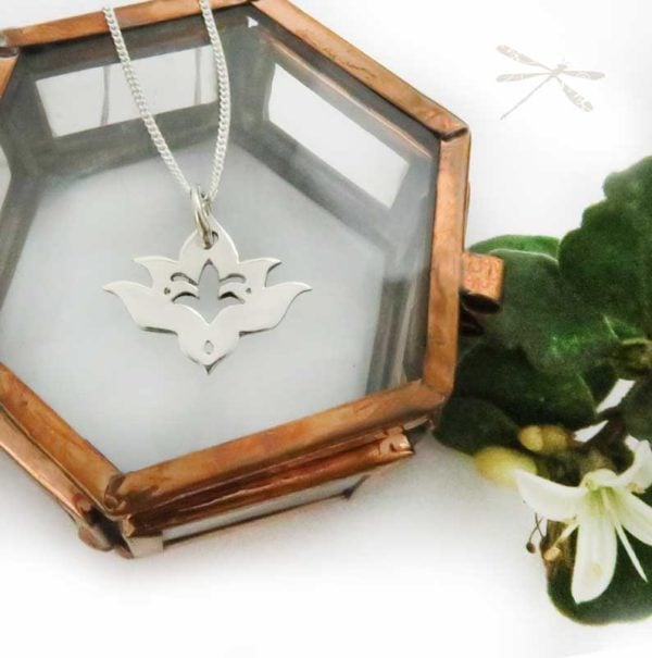 Lotus pendant small bloomed