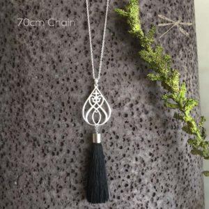 tassel black pendant