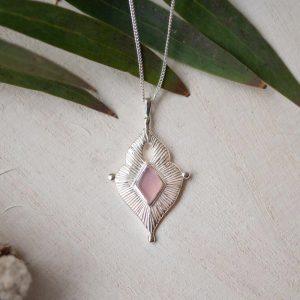 rose quartz curb chain